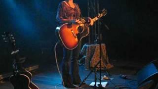 Kathleen Edwards - I Make The Dough, You Get The Glory @ Debaser, Stockholm 2008