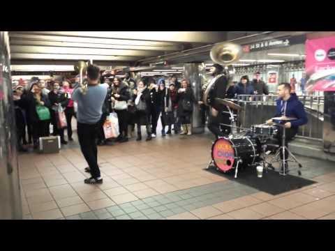 Lucky Chops - New York City (Brass Band) (Funkytown/I Feel Good)