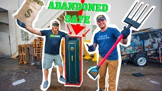 BREAKING into ABANDONED Storage Unit SAFE! ( WHATS INSIDE??)