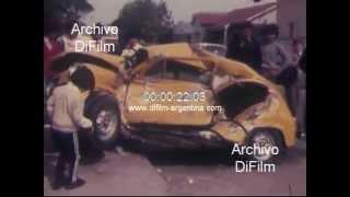 DiFilm - Choque de auto en Uriarte y Escalada, Lomas de Zamora 1981