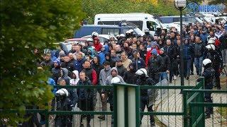 Kibice Ruchu pod stadionem Gwarka Tarnowskie Góry (08.10.2019 r.)