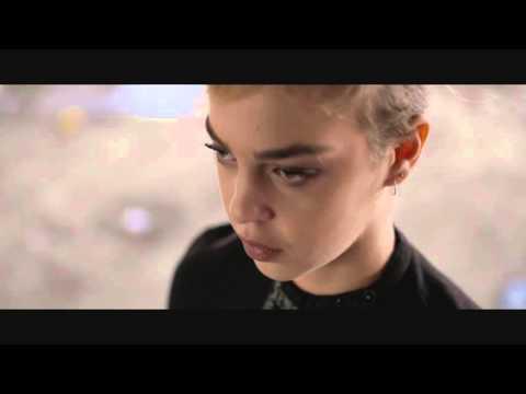 שלומי ברכה - מאדים ומחוויר (קליפ רשמי)