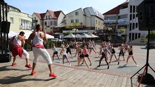 Maraton zumby w Ostro��ce