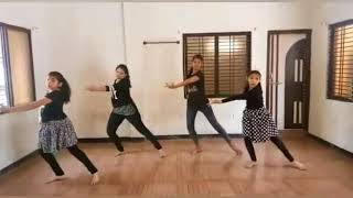 Mujhe yuhi karke khawabo se juda dance performance in angel dance classes barwani - Minakshi gupta