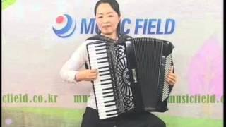 [뮤직필드] 민요 메들리 - 이철옥 아코디언 연주(Folk medley played by Lee Cheol-Ok on Accordion)