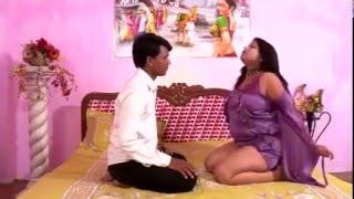 Repeat youtube video Hot Mallu Aunty Seducing Her Servant During Massage # Hindi Hot Short Movie 2015