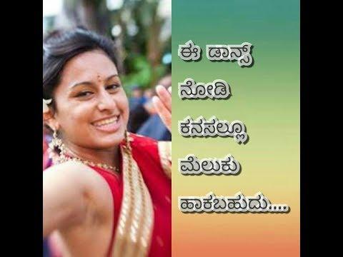 Modern Indian women dance on Street