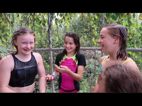 Outdoor Showering (WK 295.2) | Bratayley