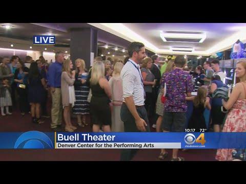 Crowds Line Up To Get 'Frozen' Musical Merchandise