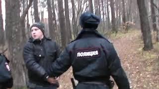 Осужденный за три убийства Алексей Фалькин дал показания на месте преступления