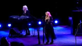 Fleetwood Mac - Video Montage - Sydney Allphones Arena - 24-10-2015