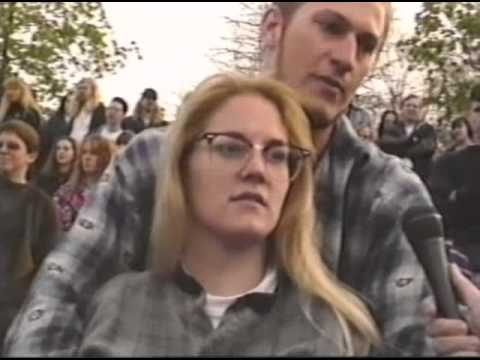 Stupid Club - 1994 Kurt Cobain Memorial mini-doc