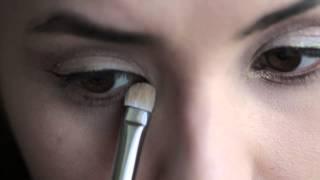 видео Как сделать макияж