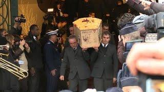 Charlie Hebdo: dernier hommage à Tignous à Montreuil et au Père Lachaise