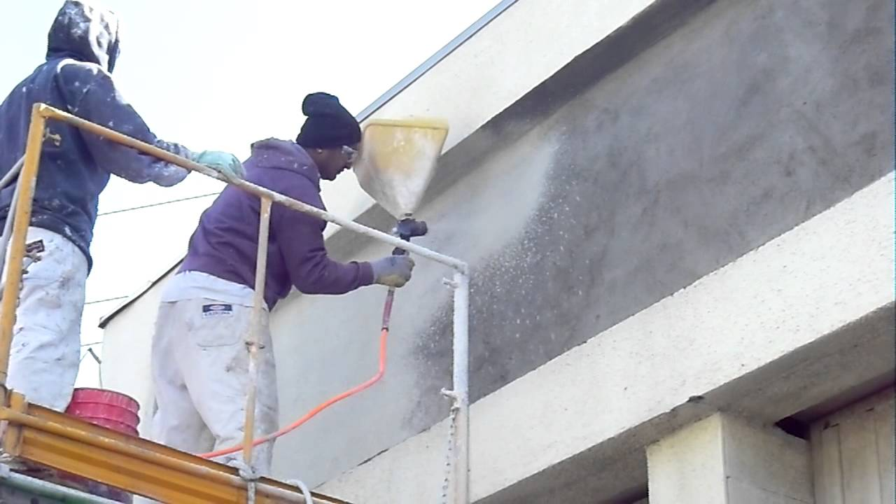 Ez Tex Sprayall Spraying Stucco Color Coat Youtube