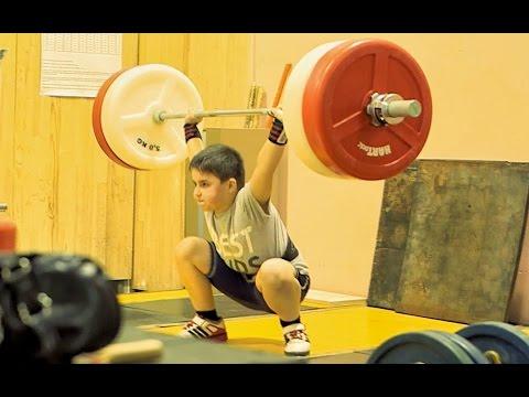 Сильные дети. Дмитрий Берестов о тяжёлой атлетике и юных штангистах.