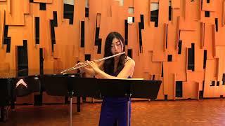 Malcolm Arnold - Fantasy for Solo Flute