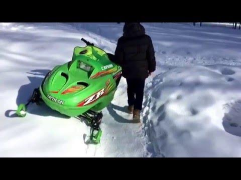 Обзор-тест драйв снегохода Arctic Cat 120ZR