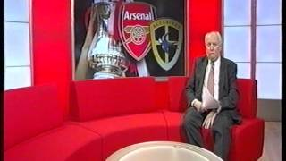 Arsenal Mayor Backs Cardiff City In Cup - 6th January 2002