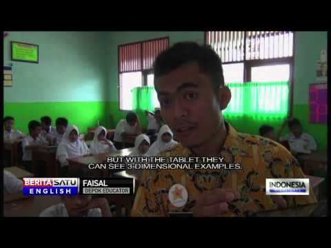 Depok School System Experiments With Tablets in the Classroom