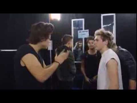 Before The Show.-One Direction