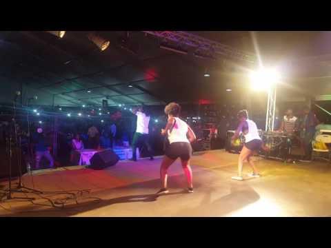 """Mr leo performing """"On Va Gerer """"Yaounde (Music Camerounaise)"""