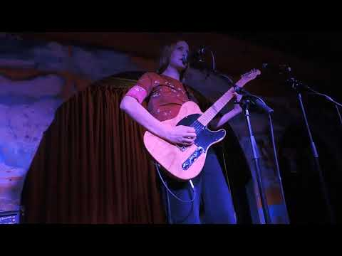 Helena Deland @ The Shacklewell Arms 08/12/17