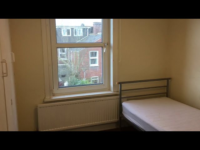 Large Single Room available centrally located Main Photo
