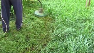 видео Триммер электрический Bosch ART 37