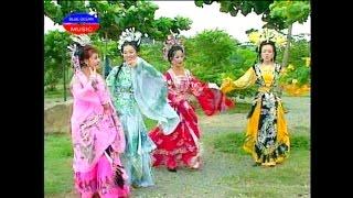 Hai Tu Dai My Nhan (Viet Huong, Thuy Nga, Tan Beo, Le Giang)