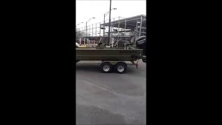 2016 tracker grizzly 2072 mvx cc boat towing out of bass pro