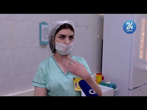 Врачи Сургута первые привились от коронавируса