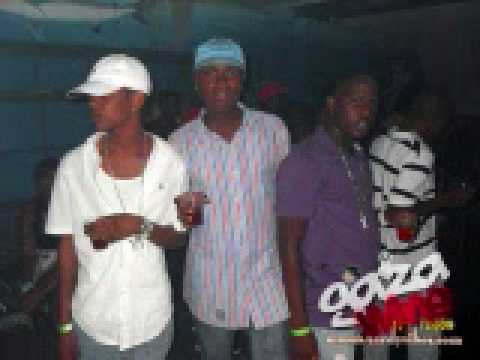 TOMMY LEE - SPARTA SPARTA OUT AT NIGHT.wmv