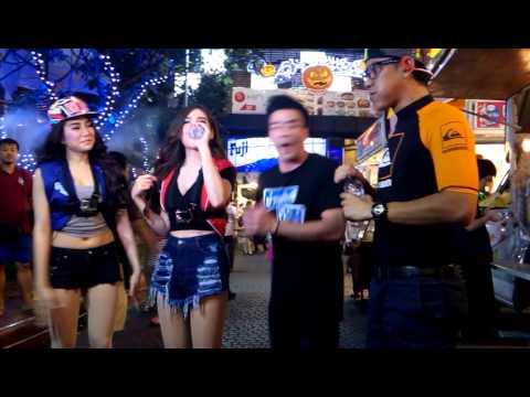Thailand TV Show - eating sausages - Bangkok TV show - Shopping Mall Bangkok