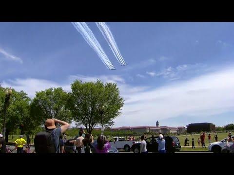 WATCH: Thunderbirds, Blue Angels Flyover Washington D.C.