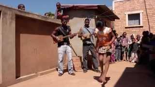 """映画『ギターマダガスカル』予告編 /Trailer for """"Guitar Madagascar"""""""