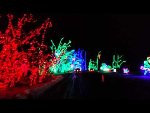 Shady Brooks Farm Yardley PA Christmas Lightshow 2013 in 4k
