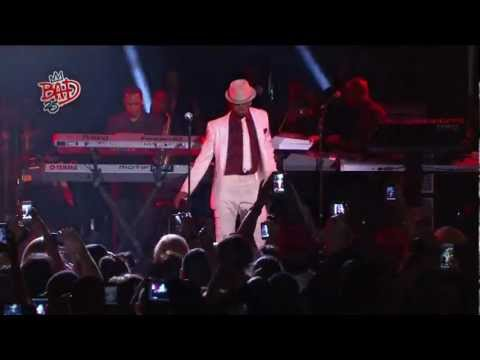 Ne-Yo Smooth Criminal (Live)---Mj Birthday Concert