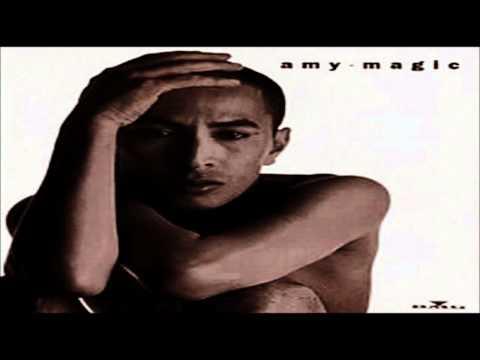 Amy Search - Lagu Cinta Dunia HQ