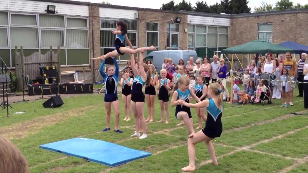 Cartwheels gymnastics display!! - YouTube