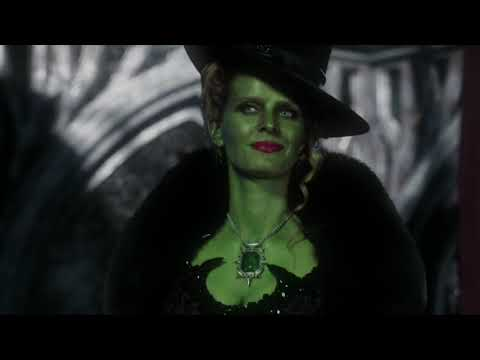 Snow White & The Huntsman Trailer - OUAT Style