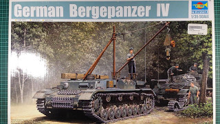 Trumpeter 1/35 Bergepanzer IV Unboxing