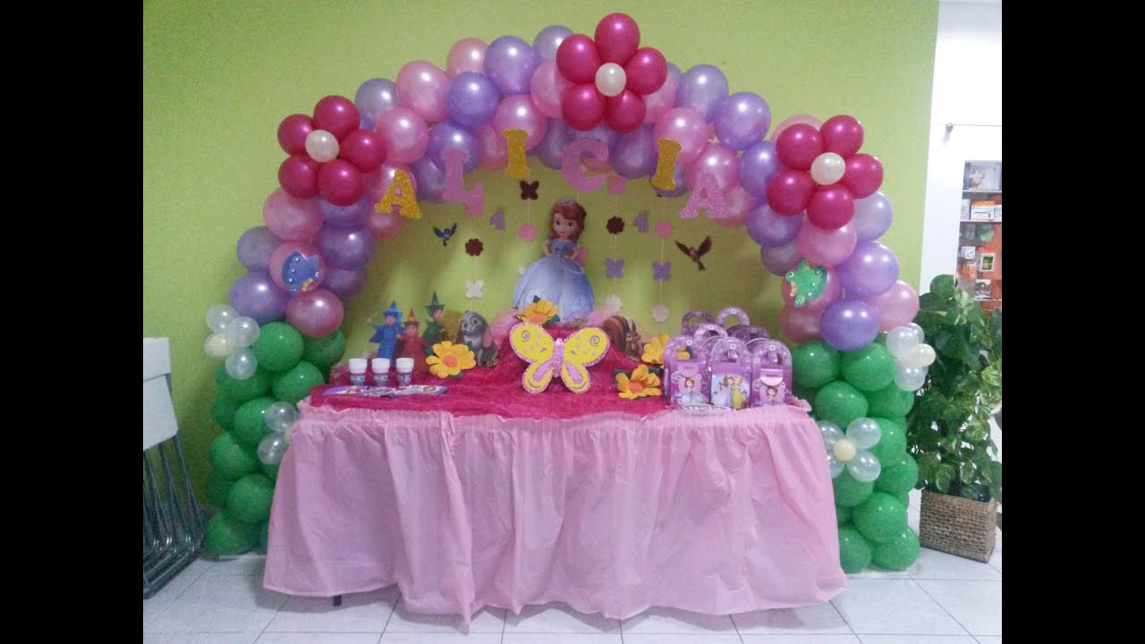 Decoraci n de cumplea os princesa sofia youtube for Decoracion cumpleanos princesas