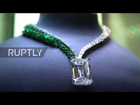 World's largest flawless D-coloured diamond heads for auction