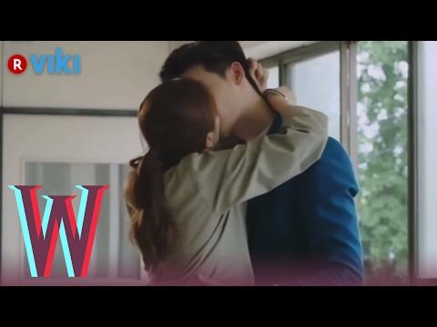 W - EP 17 | Lee Jong Suk & Han Hyo Joo, BTS Kiss 1