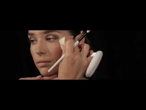 Inside the Eyeshadow Palette 28 ft. Natasha Denona (Green-Brown)