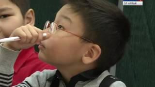 Дети соревнуются в скорости решения арифметических задач(Дети, умеющие решать примеры быстрее калькулятора. В Горно-Алтайске состоялся турнир по ментальной арифмет..., 2016-12-19T09:16:25.000Z)