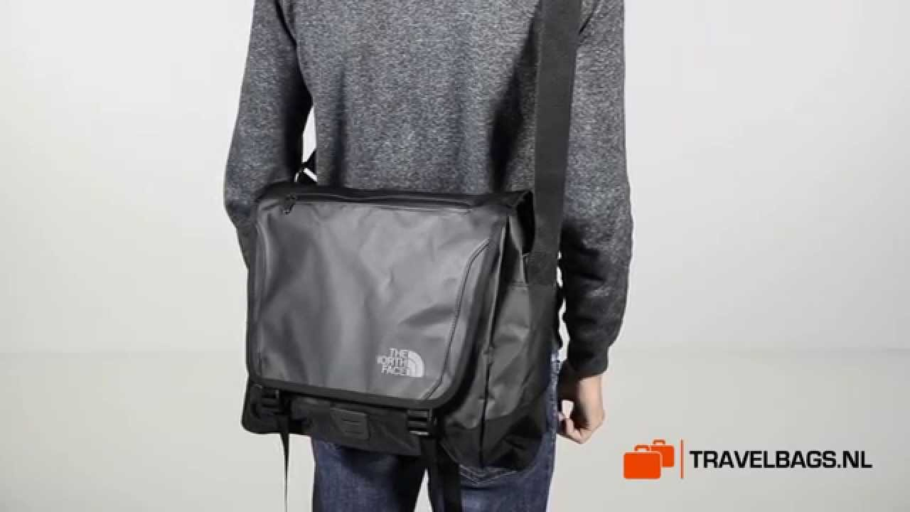 North Face Schoudertas : The north face base camp messenger m