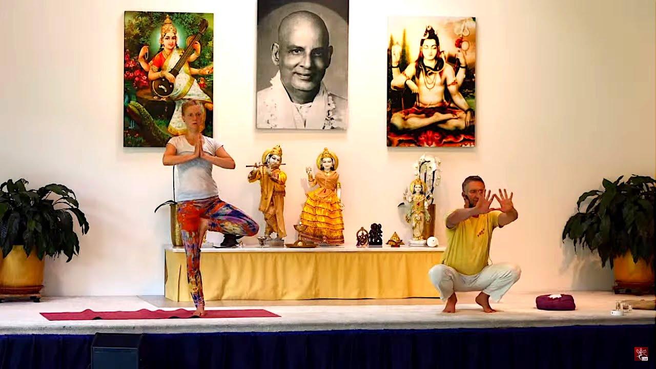 Yogastunde Yoga Vidya Grundreihe Rama Schwab 09 15 Uhr 17 06 2020 Youtube
