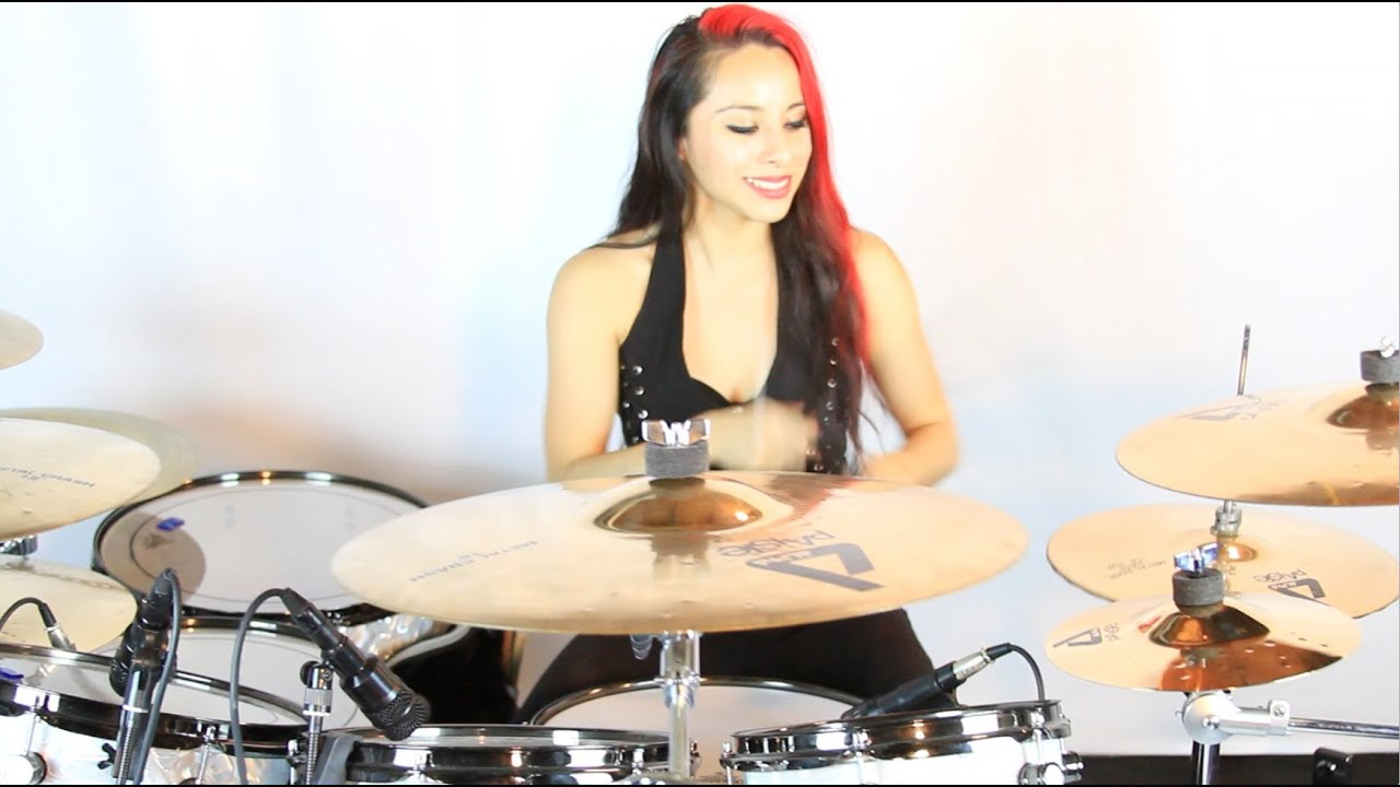 lux drummerette